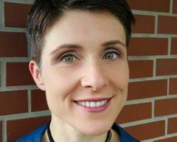 Dr Doris Ruth Eikhof